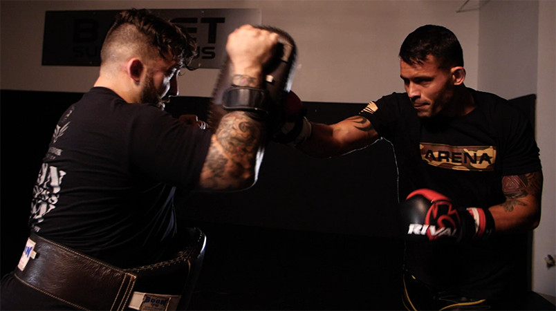 Professional Muay Thai Fighter James Ewton Training with Coach Chuck